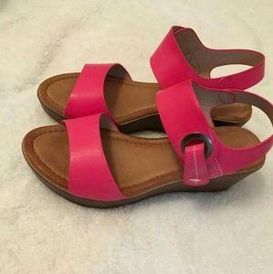Pink Plataform sandals